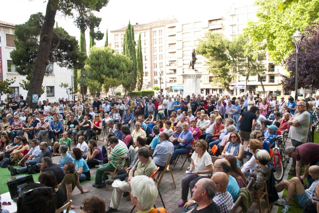 Asamblea Valladolid Toma la Palabra Plaza Universidad